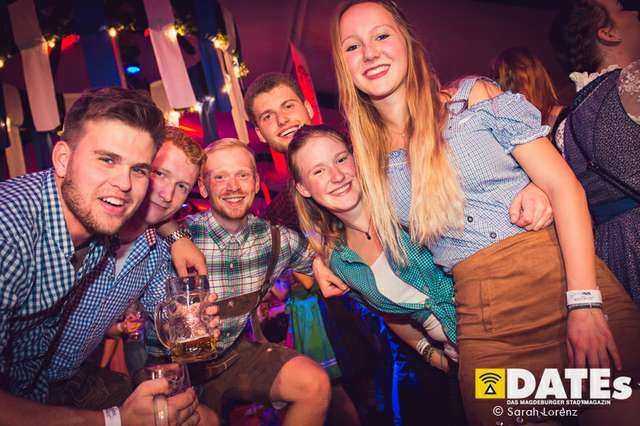 Mueckenwiesn-2018-Studentenwiesn-mit-Willi-Herren_052_(c)_Sarah-Lorenz.jpg