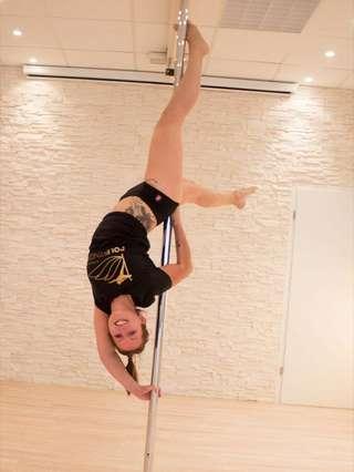 Pole-Fitness im Firstsports