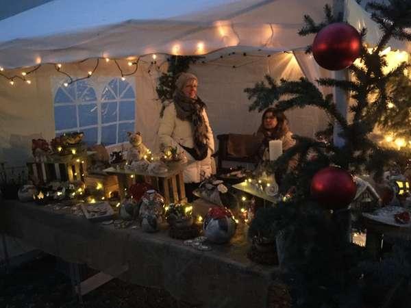 Adventsmarkt im Pfarrhof