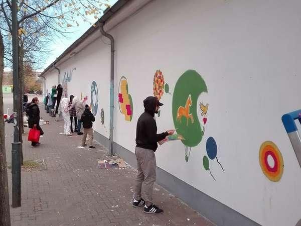 """Kunstprojekt """"bunte Wand"""""""