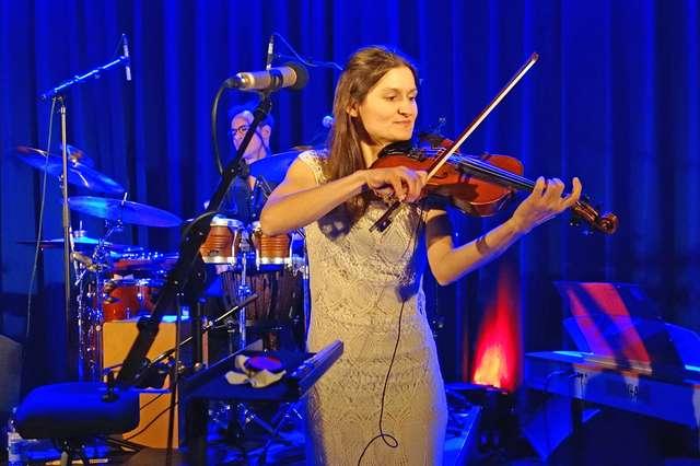 Julvisor bei ihrem Auftritt im Moritzhof 2017