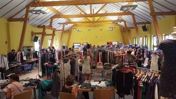 Ladies-Fashion-Flohmarkt