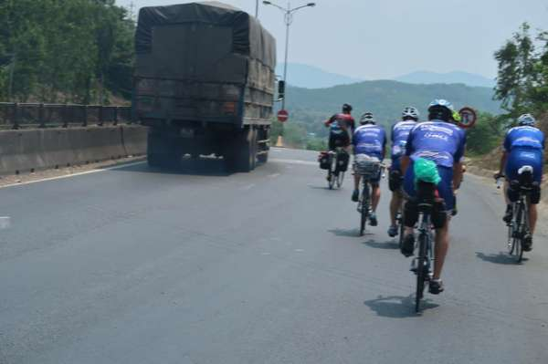 Vietnamradtour-(c)Bombach-138.jpg