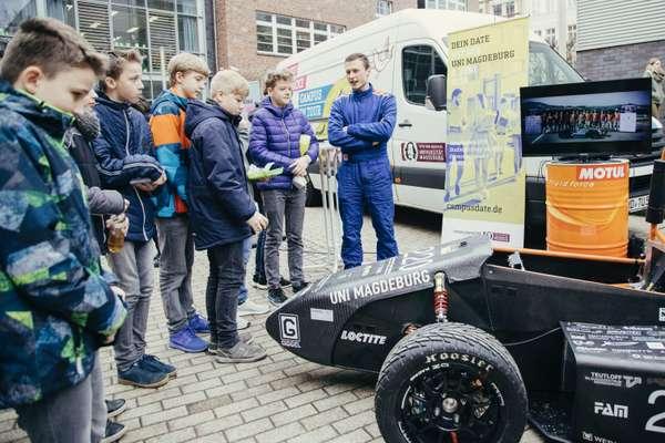 Rennwagen Otto-von-Guericke Universität