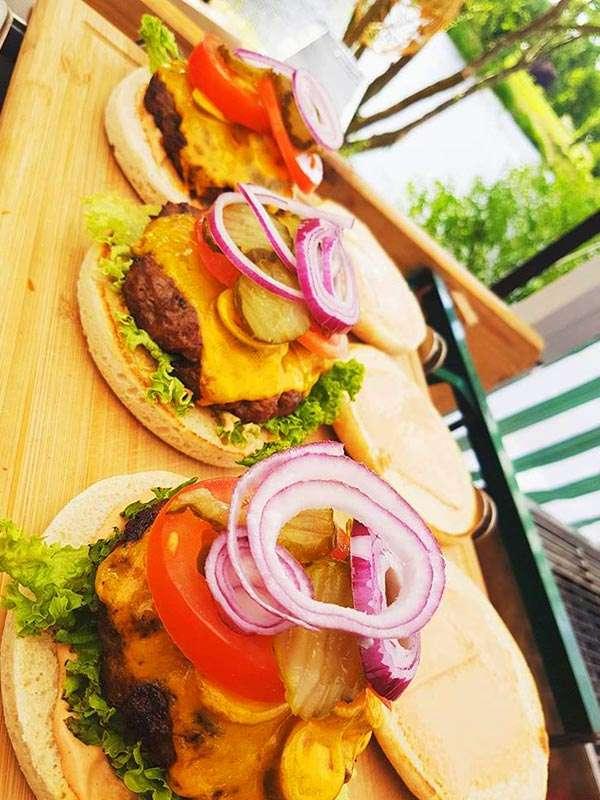 Fleischknüppel - beliebter Burger Magdeburgs