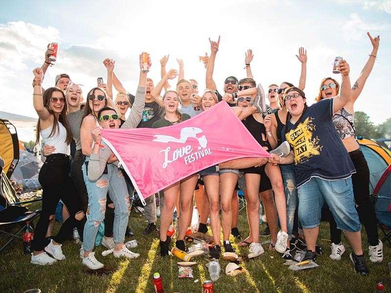 Love Music Festival - Festivalfeeling im Elbauenpark