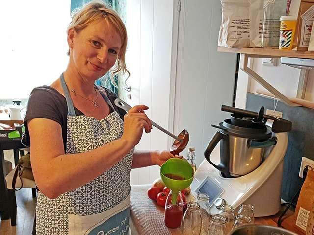 HiesigLecker-Chefin Doreen Kröckel