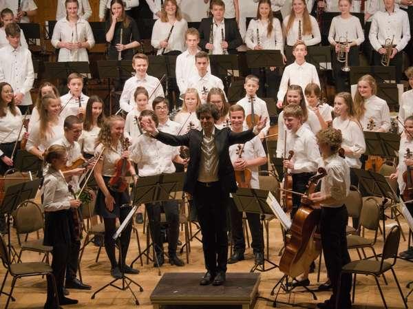 Sinfonisches Musikschulorchester-(c)-Stephan Göbel.jpg