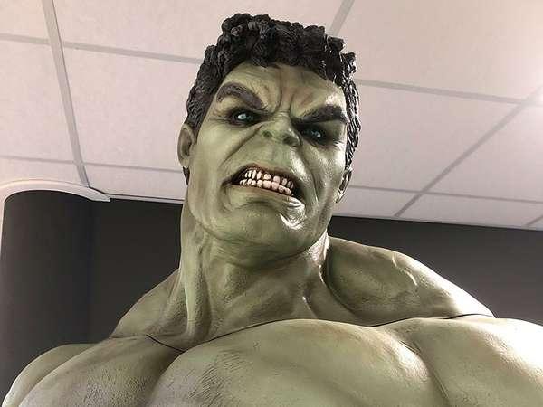 Peak Gym - Muskeln wie Hulk