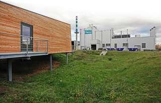 Blick auf das Biomasseheizkraftwerk