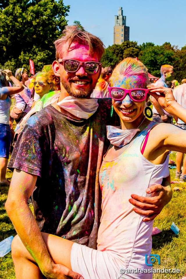 Holi-Festival-der-Farben_006_Foto_Andreas_Lander.jpg