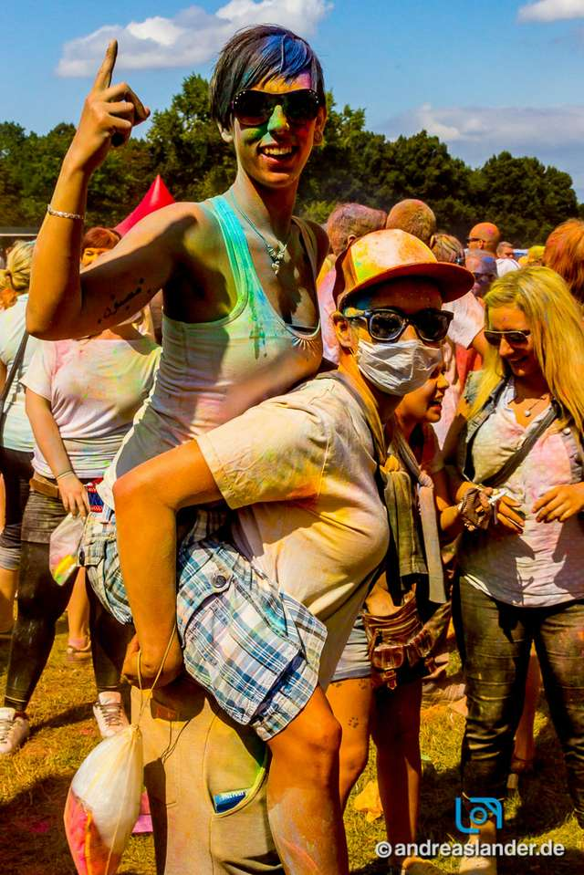 Holi-Festival-der-Farben_013_Foto_Andreas_Lander.jpg