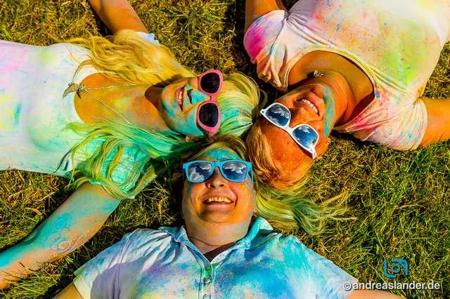 Holi-Festival-der-Farben_021_Foto_Andreas_Lander.jpg