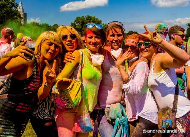 Holi-Festival-der-Farben_024_Foto_Andreas_Lander.jpg