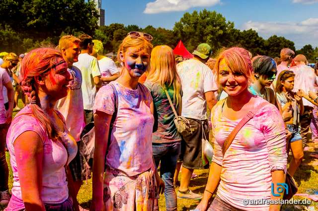 Holi-Festival-der-Farben_027_Foto_Andreas_Lander.jpg