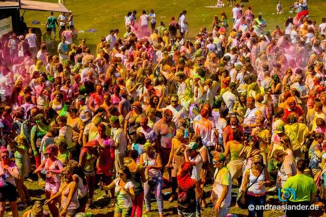 Holi-Festival-der-Farben_039_Foto_Andreas_Lander.jpg