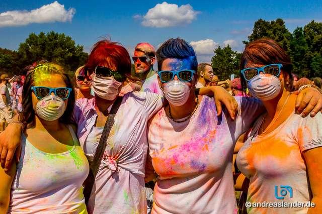 Holi-Festival-der-Farben_053_Foto_Andreas_Lander.jpg