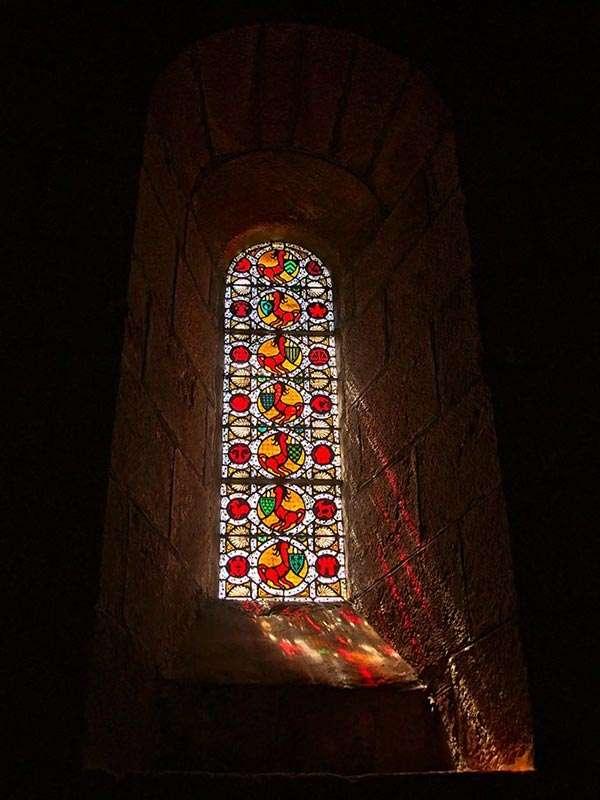 Glasfenster einer Kirche