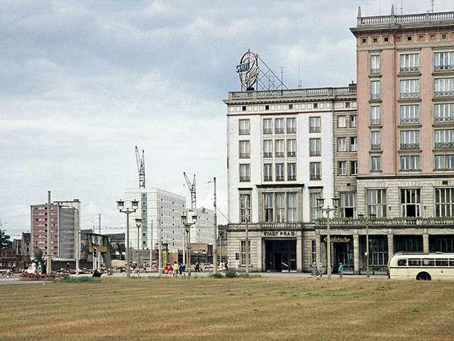 Magdeburg in Farbfotografien aus den 1960er Jahren