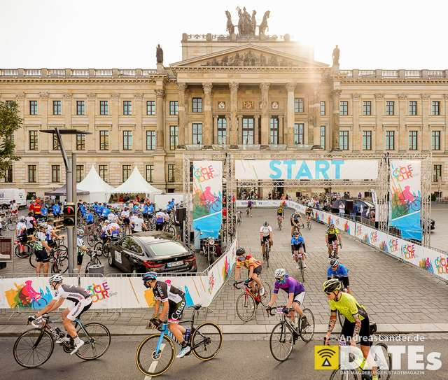 Cycletour-2020_DATEs_001_Foto_Andreas_Lander.jpg