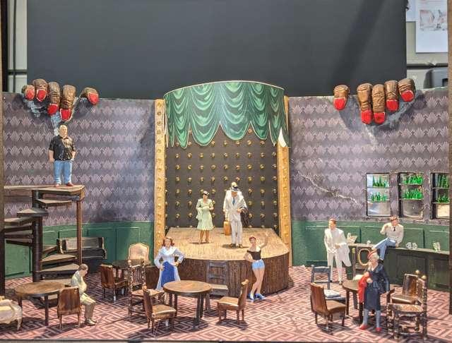 Bühnenbildmodell Der Zigeunerbaron_Bühne_Pascal Seibecke_(c)_Christine Villinger_cut.jpg