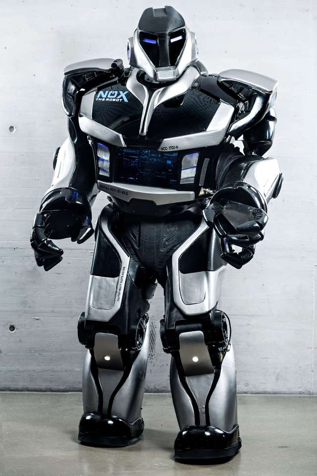 Nox_the_Robot_Credit_KÅnstler.jpg