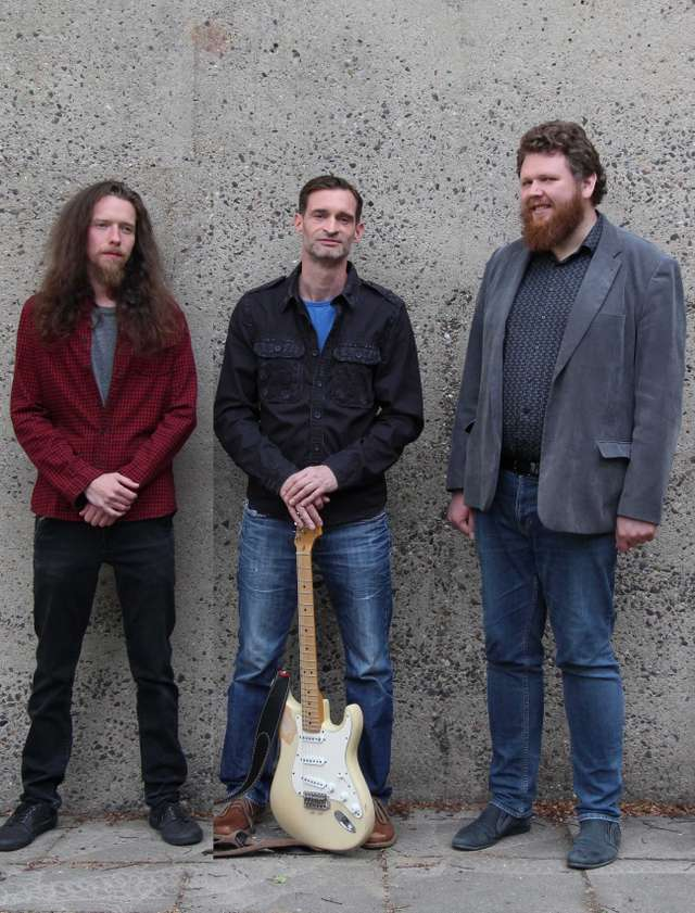 United Earth Trio