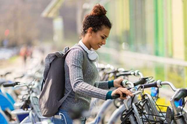 Fahrrad © Adobe Stock  pikselstock  205915204.jpg