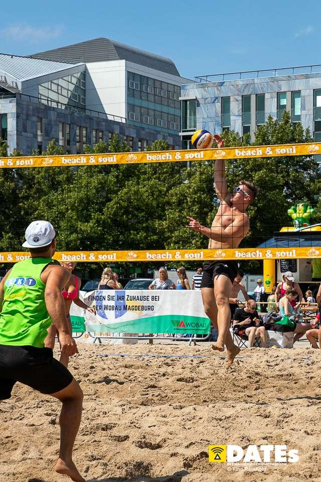 Beachvolleyball_Domplatz_02_Timo_Reinhold.jpg