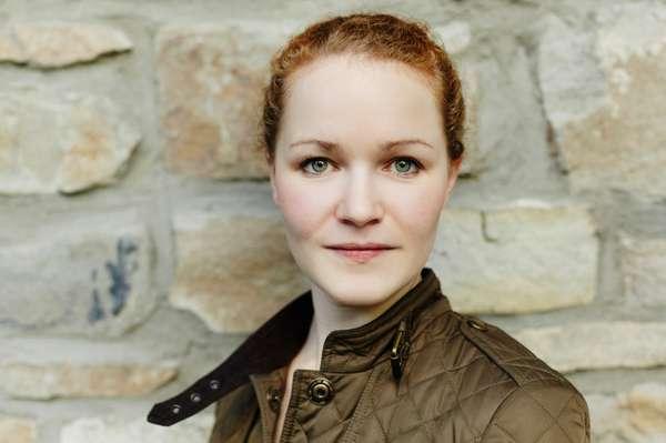 Clara_Geuchen_(c) Sabrina Weniger.jpeg