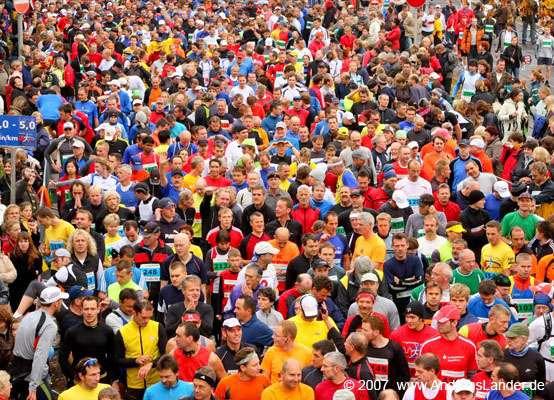 Magdeburg_Marathon_03_(Foto_Andreas_Lander).jpg