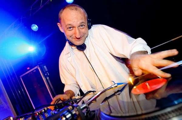 DJ Henne